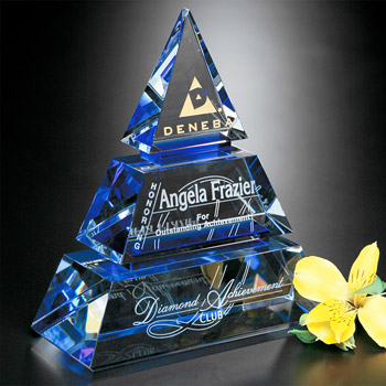 Accolade Pyramid 8""